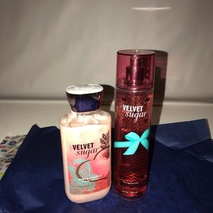 Bath and Body works lotion and fragrance mist set